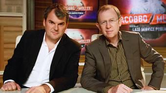 Mike Müller und Viktor Giacobbo im Studio-Dekor