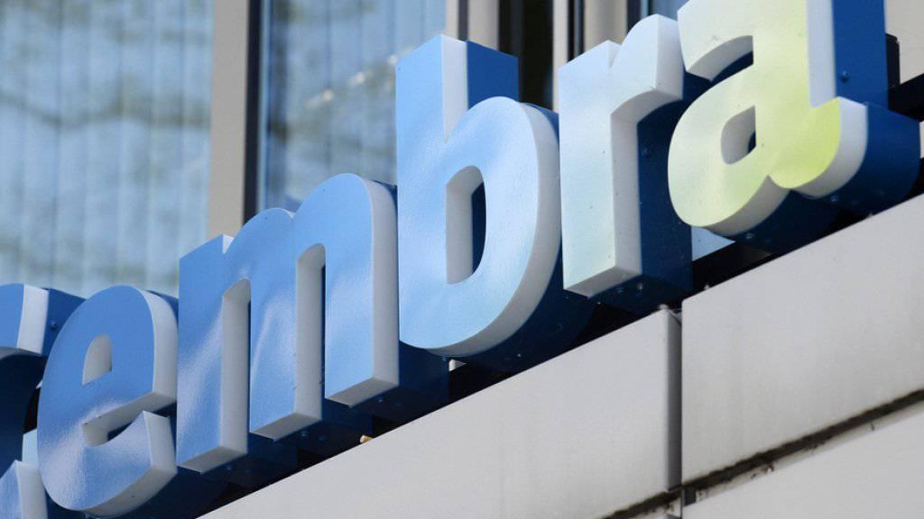 Seit der Senkung der Höchstzinssätze für Konsumkredite setzt die Cembra Money Bank verstärkt auf Kreditkarten. (Archiv)
