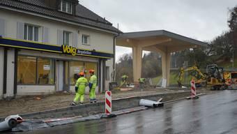 Der Volg und die angrenzende Tankstelle werden Umgebaut. Die Anzahl der Tankstellenplätze wird sich verdoppeln.
