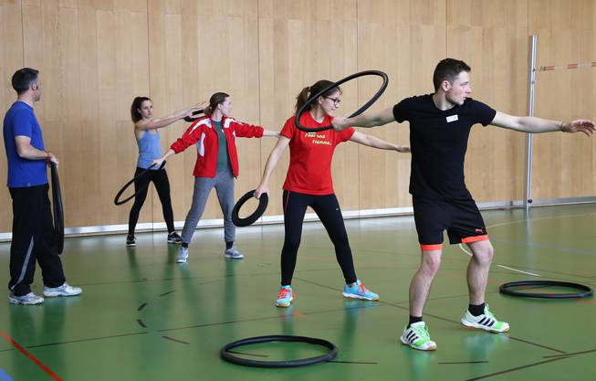 Schleuderreifen sind eine nützliche Vorstufe zum Schleuderball.