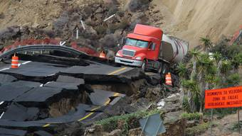 Autobahneinsturz in Mexiko