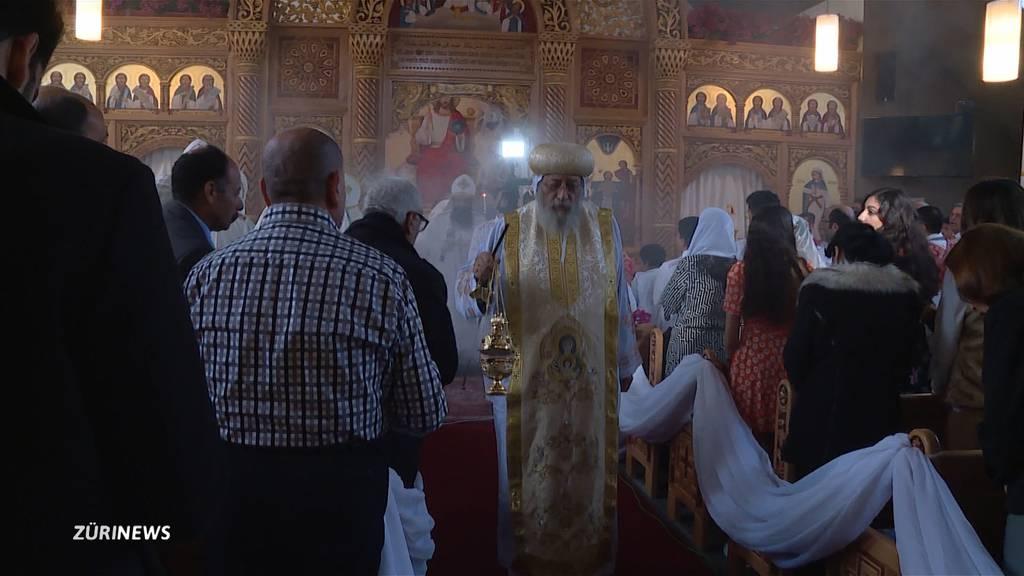 Koptischer Papst eröffnet Kirche in Grafstal