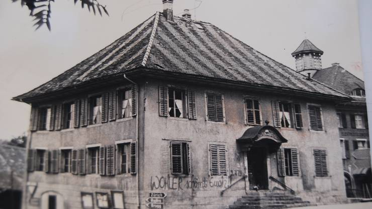 Das alte Gemeindehaus kurz vor dem Abbruch