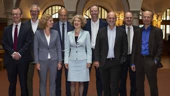 Aktuell gibt es neun Zürcher Stadträtinnen und-räte. Wird sich die Anzahl bald vermindern?