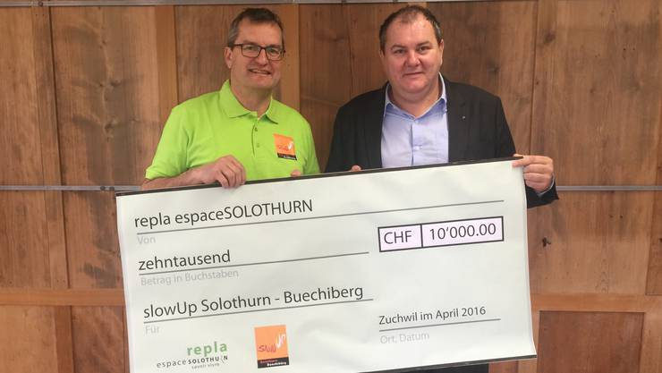 Beat Stähli, Messen, Präsident slowUp Solothurn-Buechibärg bzw. Präsident des Vereins pro Bechibärg (links) und Roger Siegenthaler, Lüterkofen-Ichertswil Präsident repla.