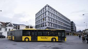 Die AAGL-Linien (hier am Bahnhof Liestal) seien zu teuer, heisst es. Nun werden alle Buslinien im Kanton überprüft.