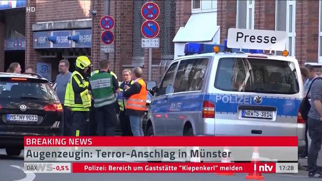 Kleinlaster rast in Münster in Menschenmenge