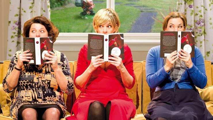 Drei Frauen, die mit Frust in der Beziehung zu kämpfen haben, machen sich in ihrem Lesezirkel an den Bestseller «Fifty Shades of Grey» – und mausern sich zu Nymphomaninnen. HO