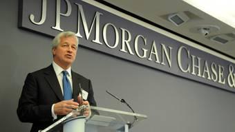 Bankchef Jamie Dimon: Sein Institut JPMorgan Chase soll in China Kinder von Entscheidungsträgern angestellt haben, um sich damit Aufträge zu sichern. Dafür muss die Bank nun 250 Millionen Dollar bezahlen. (Archivbild)