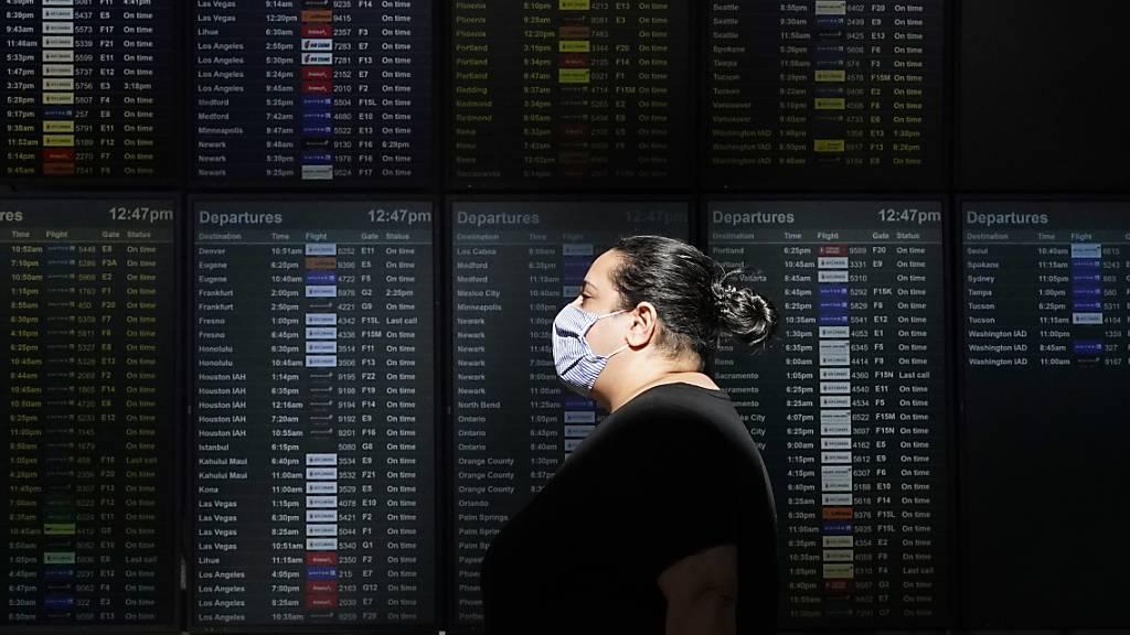 Maskenpflicht in Flugzeugen bis September verlängert
