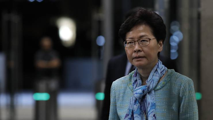 Verzichtet nach anhaltenden Massenprotesten definitiv auf ein umstrittenes Auslieferungsgesetz: Hongkongs Regierungschefin Carrie Lam. (Archivbild)