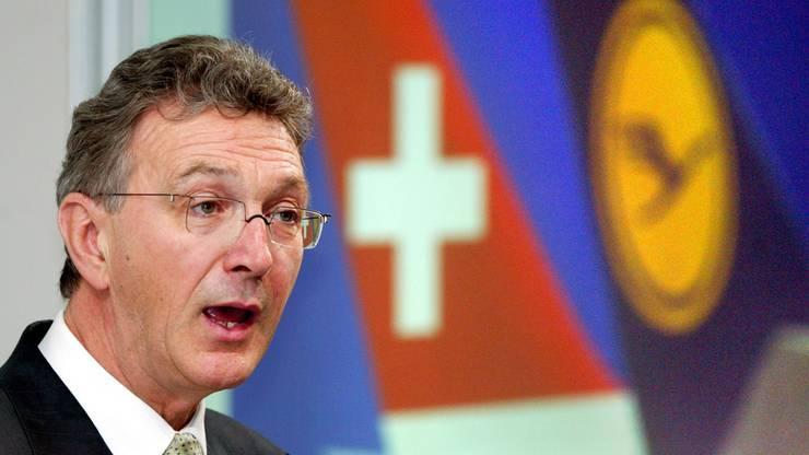 Er war mehr als vier Jahrzehnte bei der Fluggesellschaft tätig. Unter seiner Leitung kaufte das Unternehmen die Swiss.