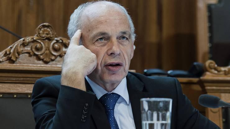 Ueli Maurer hält die Griechenland-Krise für ein sicherheitspolitisches Risiko.