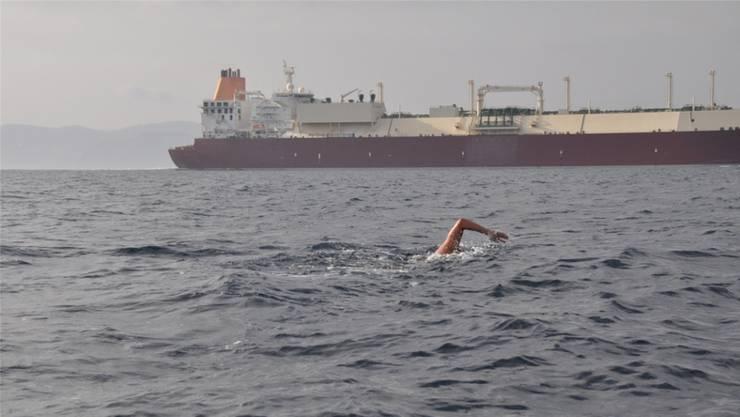 Der Erlinsbacher Jürg Ammann hat als erster Aargauer die Meerenge von Gibraltar durchschwommen.
