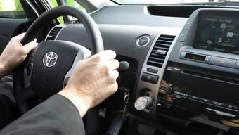 Ein Mann fährt seit 22 Jahren ohne Führerschein Auto (Symbolbild)