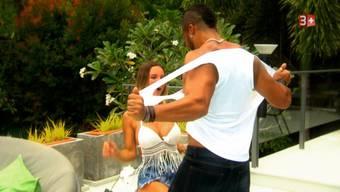 Die Männer zeigen vollen Körpereinsatz und kuscheln und küssen erst noch gern – «so schööön!», findet Adela