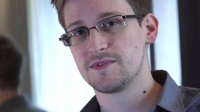 """Edward Snowden auf einer Aufnahme des """"Guardian"""" (Archiv)"""