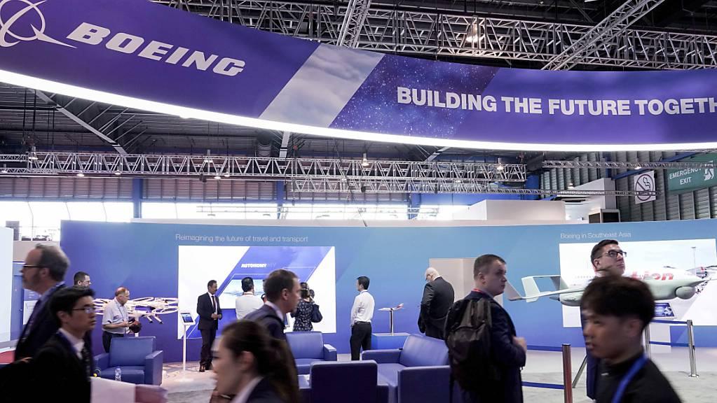 Der amerikanische Konzern Boeing hat aus zahlreichen Ländern Aufträge in Milliardenhöhe für Rüstungsgüter erhalten. (Symbolbild)