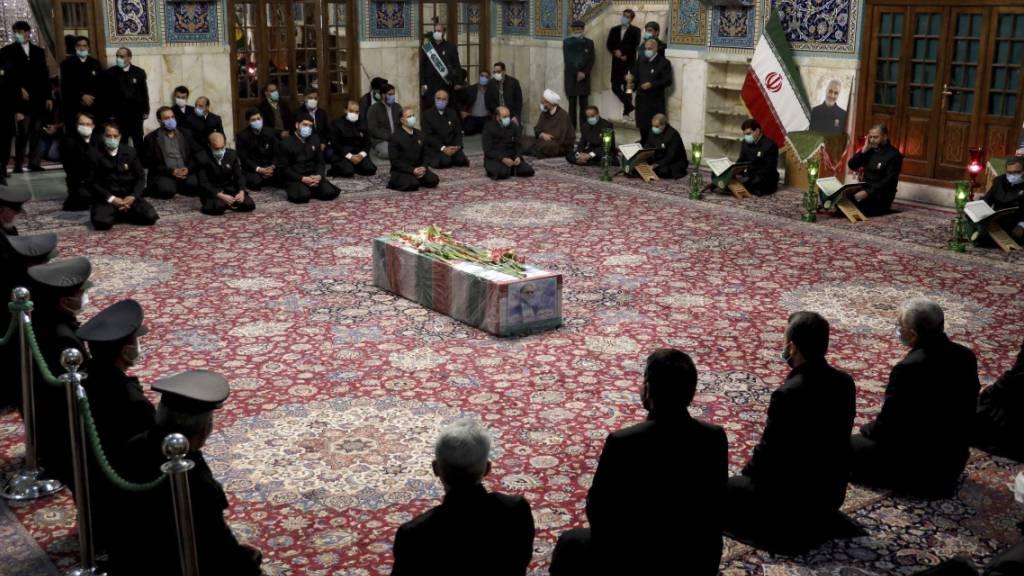Iran: Ermordeter Atomphysiker in Teheran beigesetzt