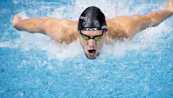 Jérémy Desplanches ist eine der Attraktionen im Schwimmbecken in Uster
