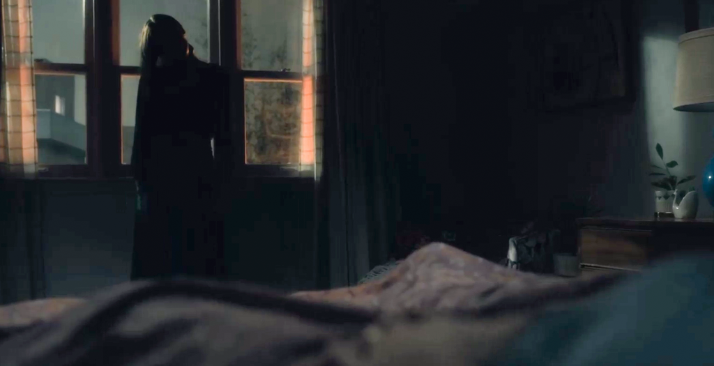 So sieht Nells Schreckensgespenst aus. (Bild: Screenshot/Netflix)