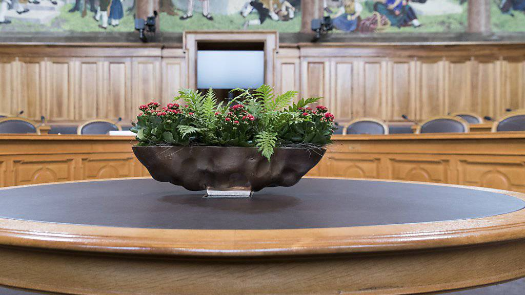 In der kleinen Kammer kommt es im Herbst zum Stühlerücken. 19 Ständerätinnen und Ständeräte wollen keine weitere Amtszeit mehr anhängen. (Archivbild)