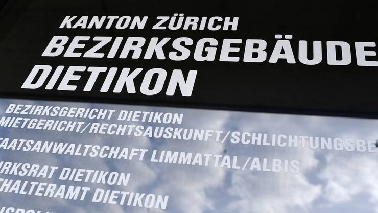 Dem Angeklaten wurde auch der Kauf von einem Kilogramm Kokain in Spreitenbach zur Last gelegt. (Symbolbild)