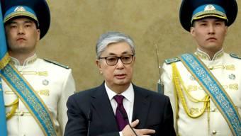 Kasachstans neuer Präsident Kassym-Schomart Tokajew am Mittwoch bei der Vereidigung.