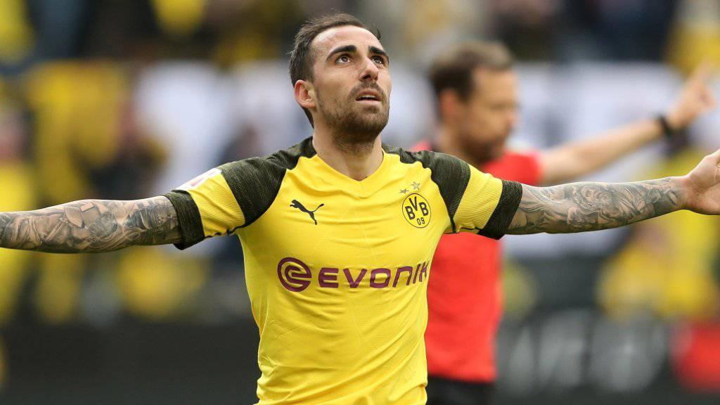 Paco Alcacer entschied das Spiel gegen Wolfsburg dank zwei Toren in der Nachspielzeit zugunsten des BVB