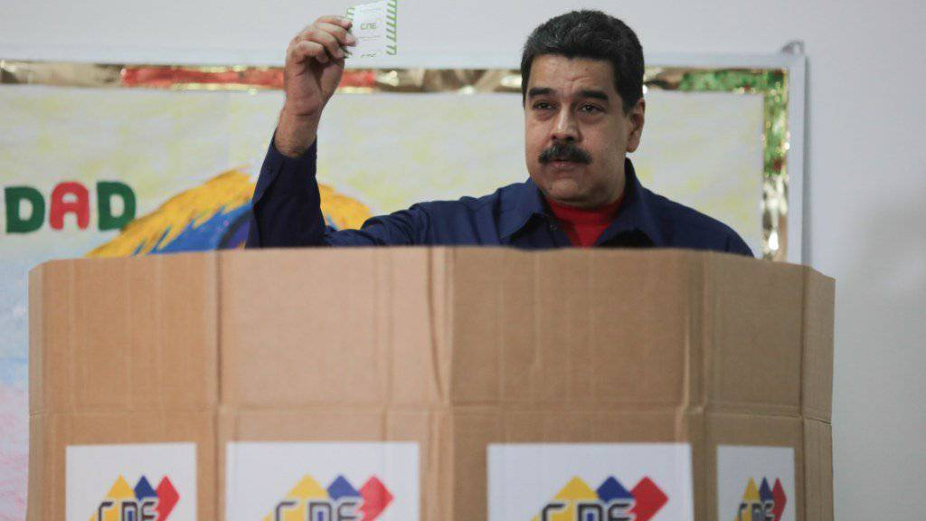 Seine Stimme zählt: Venezuelas Präsident Nicolás Maduro will die wichtigsten Oppositionsparteien bei den nächsten Wahlen ausschliessen.