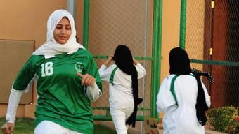 Saudi-Arabische Sportlerinnen beteiligen sich erstmals an einer Olympiade (Symbolbild)