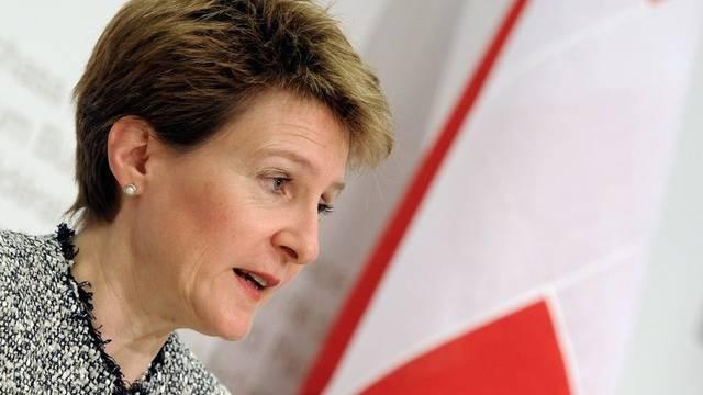 Sommaruga will zusammen mit der EU die Schlepper stoppen (Archiv)