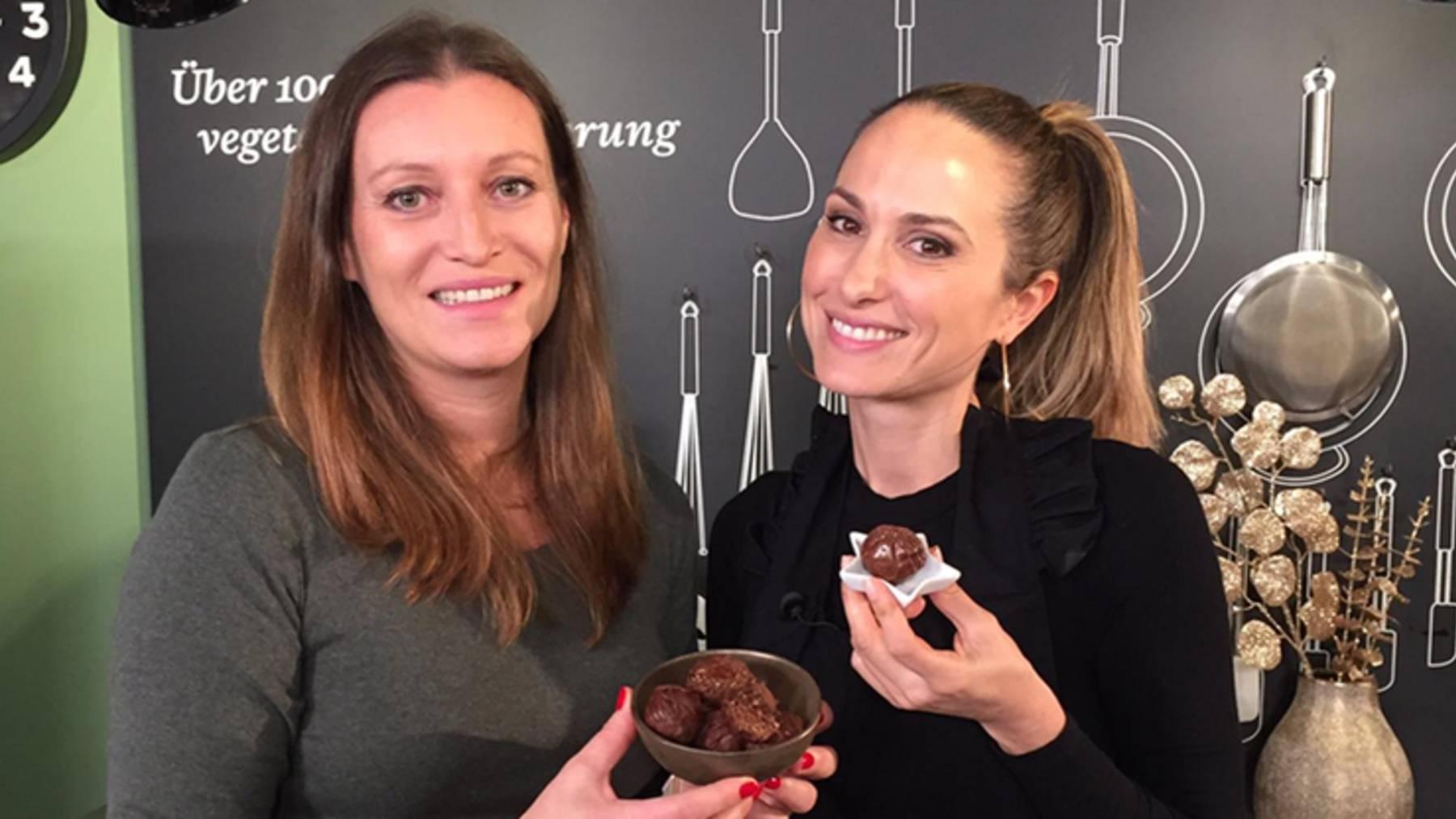 Thumb for ‹Süss & vegan: Lebkuchen Bliss Balls - perfektes Mitbringsel zu Weihnachten›