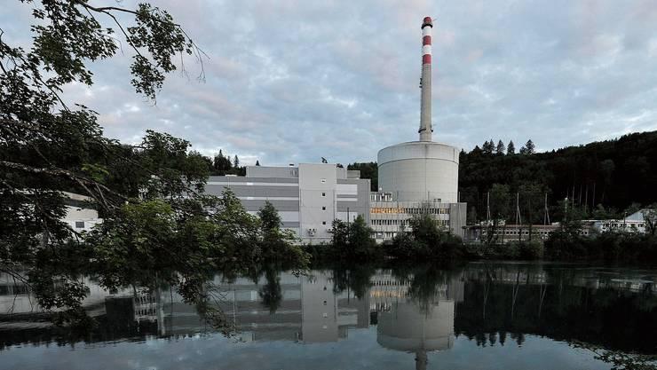 Das Atomkraftwerk Mühleberg an der Aare.
