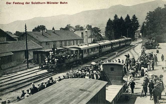 Der Festzug durch Solothurn 1908.