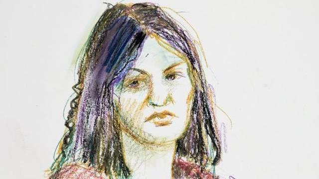 Gerichtszeichnung der Angeklagten (Zeichnung: Linda Graedel)
