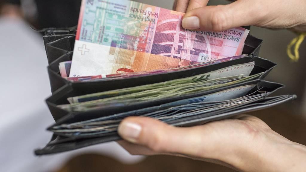 25'000 Franken hätte die Seniorin den Betrügern geben sollen.