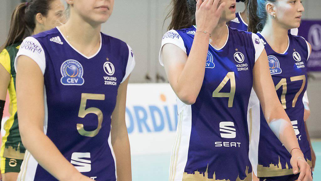 Ein ungewohntes Bild: Die Spielerinnen von Volero hatten in dieser Saison nicht immer nur Grund zu jubeln