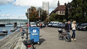 Sitzgelegenheiten statt Parkplätze sollen künftig diesen Platz am Unteren Rheinweg einnehmen.