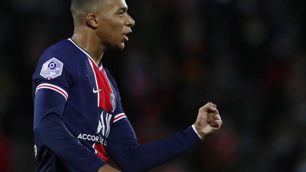 Kylian Mbappé mit verhaltener Freude nach seinem 1:0 in Nîmes