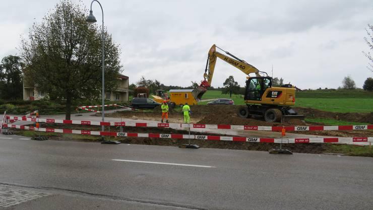 In Jonen haben die Bauarbeiten an der Ecke Weingasse/Zwillikerstrasse begonnen.
