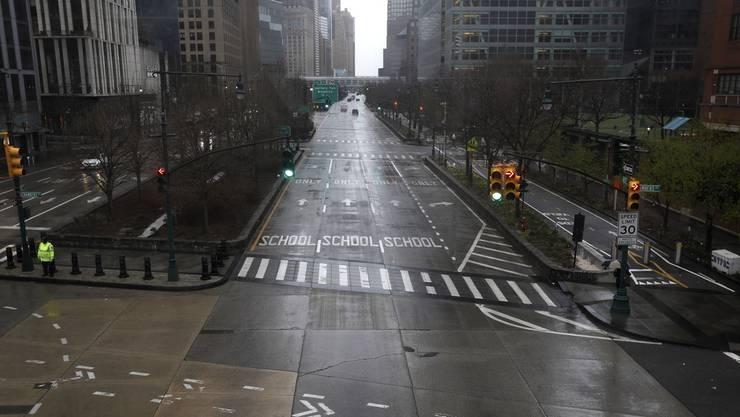 Die Stadt die niemals schläft: In der eigentlich so pulsierenden Millionenmetropole New York City sind die Strassen dieser Tage menschenleer.