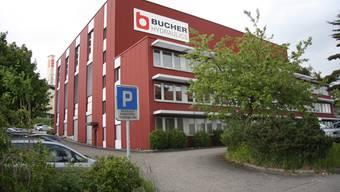 Wo heute noch «Bucher» steht, könnte bald das «Club Eleven»-Logo prangen.