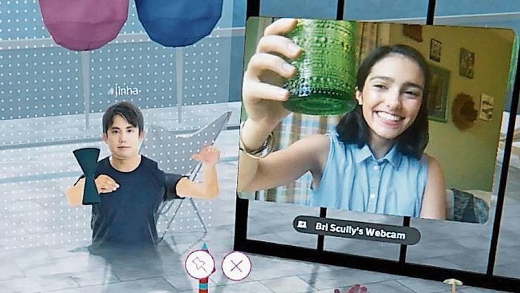 Virtual Reality und Augmented Reality sollen leisten, wozu Videokonferenzen nicht imstande sind: Menschen virtuell zusammenbringen.