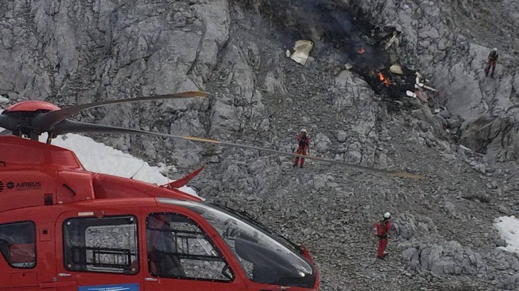 Beim Absturz eines Kleinflugzeuges sterben drei Männer