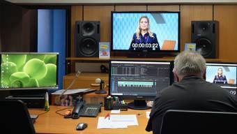 Einem 14-köpfigen Team steht in der Ey ein professionell eingerichtetes Fernsehstudio mit Schnittplätzen und allem Drum und Dran zur Verfügung.