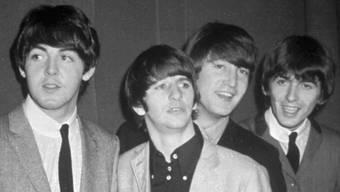 Die frühen Beatles - hier 1963, jedoch schon mit Ringo Starr statt wie auf dem Demo Pete Best (Archiv)