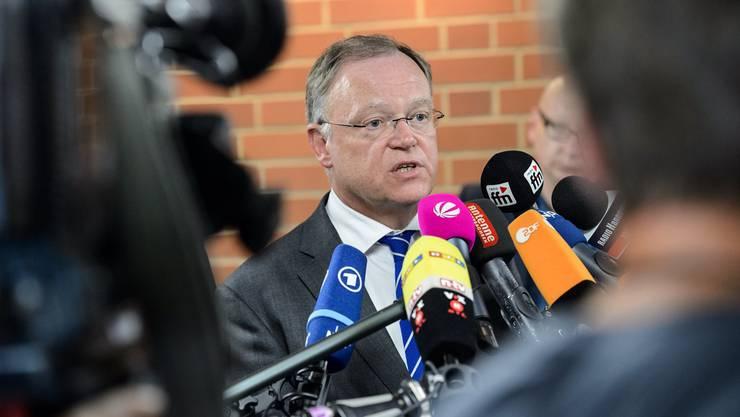 Wegen der VW-Affäre plötzlich im Rampenlicht: Der niedersächsische Ministerpräsident Stephan Weil.