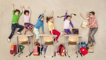 Was hilft den Kindern beim Lernen? Gute Lehrer! Klingt banal, ist es aber nicht. In einer Megaanalyse räumt Bildungsforscher John Hattie mit den Mythen der Schulpolitik auf.
