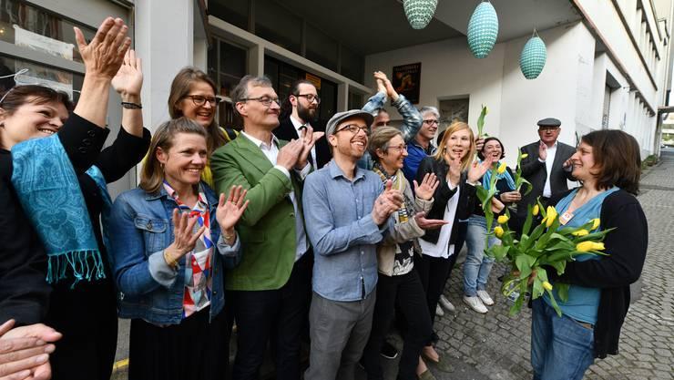 Frühlingsgefühle und Hochstimmung bei den Baselbieter Grünen: Die Partei von Regierungsrat Isaac Reber (rechts mit Schiebermütze) kann ihre Sitzzahl im Landrat fast verdoppeln.